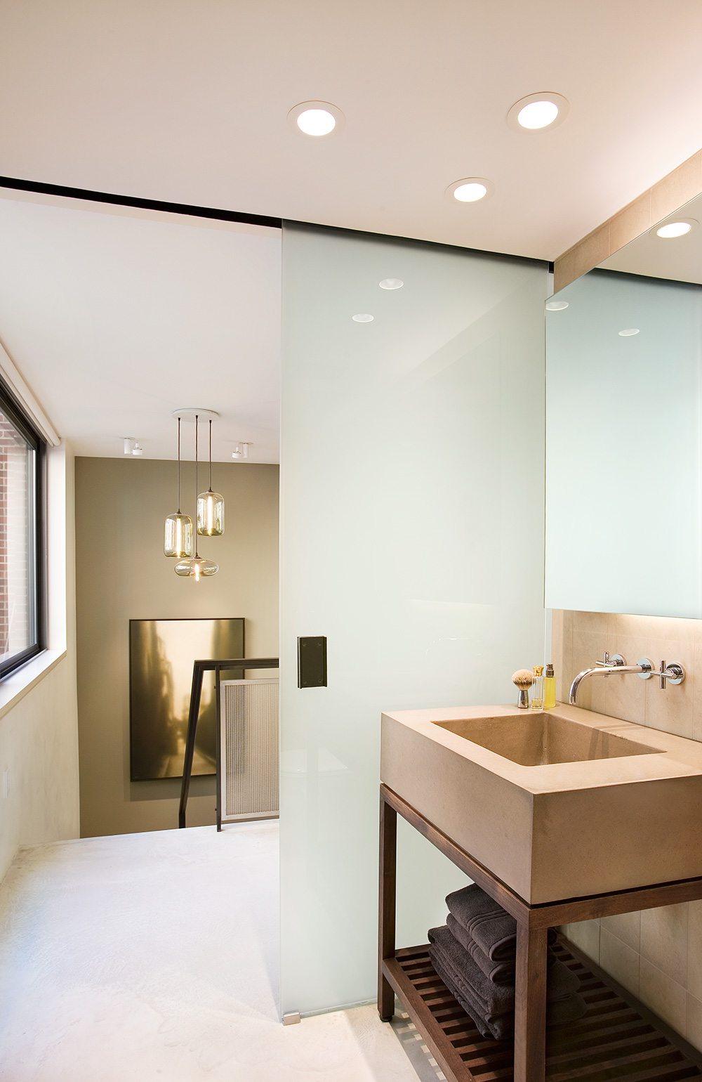New York residence featuring a sleek and minimal bathroom
