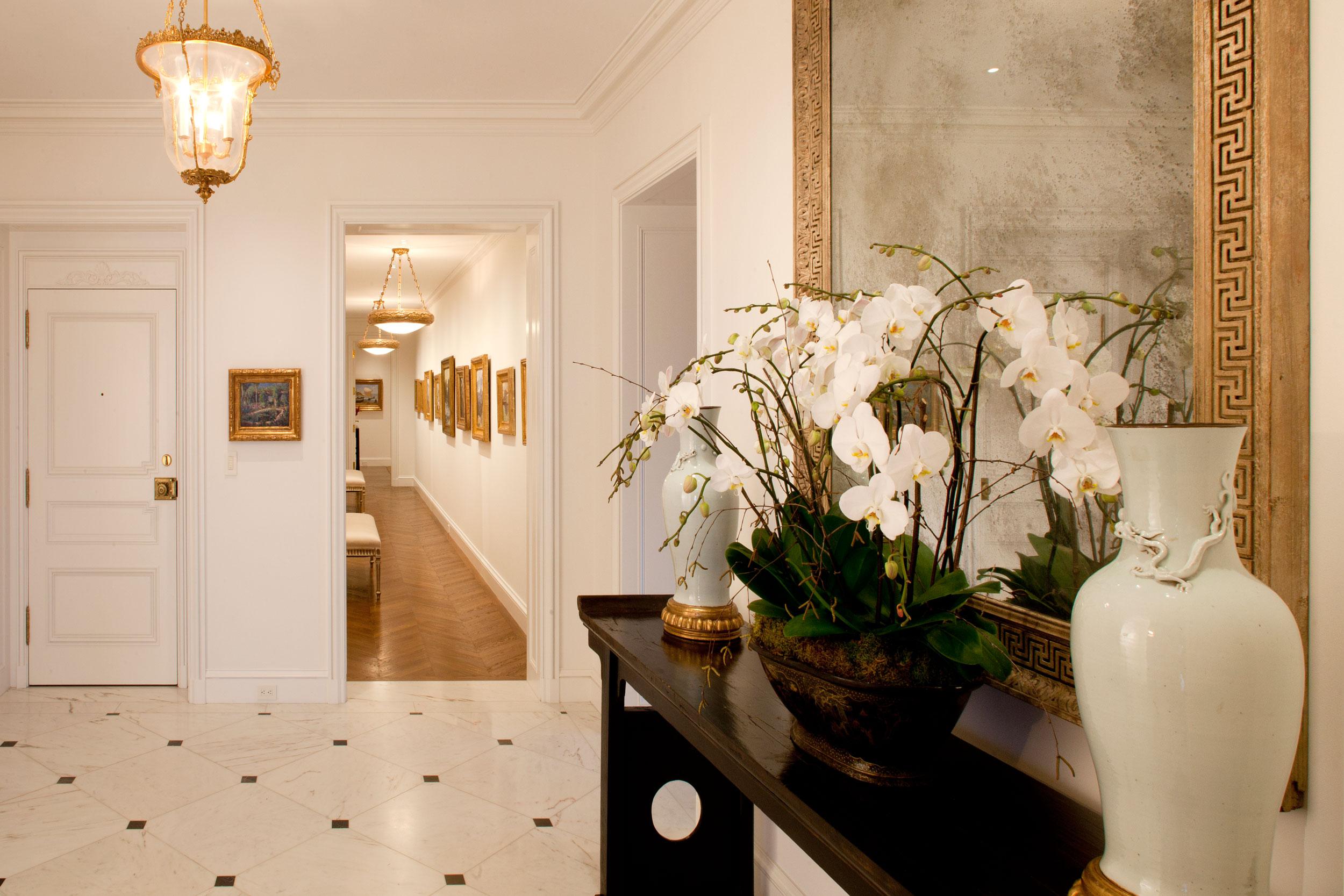 Elegant and classical remodel of this full-floor condo in San Francisco