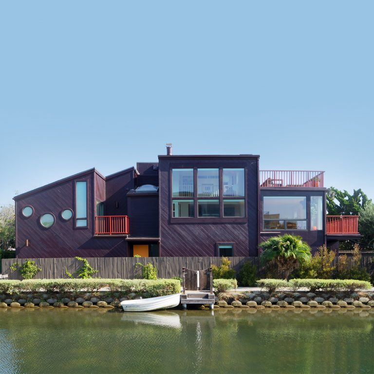 This entirely new home in the Venice Canals features great light and expansive views